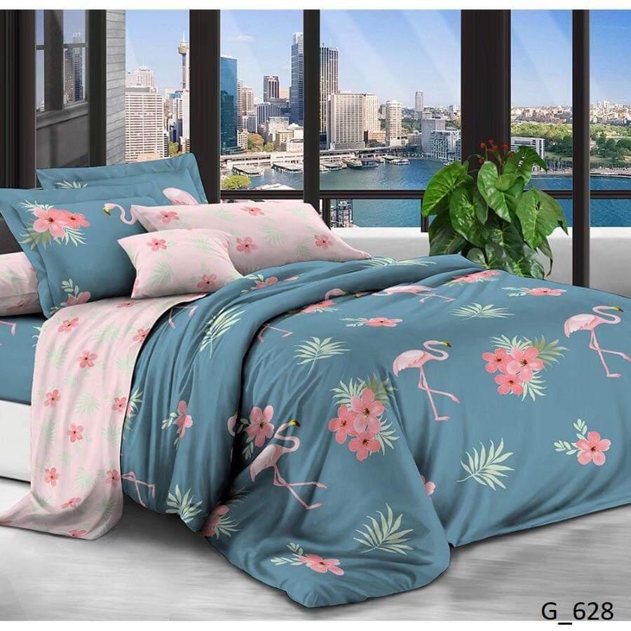 Красивое постельное белье семейного размера с яркими фламинго.