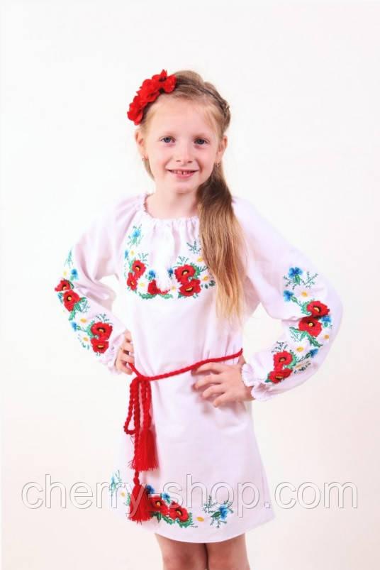 Детское платье прямого кроя из легкого белого габардина