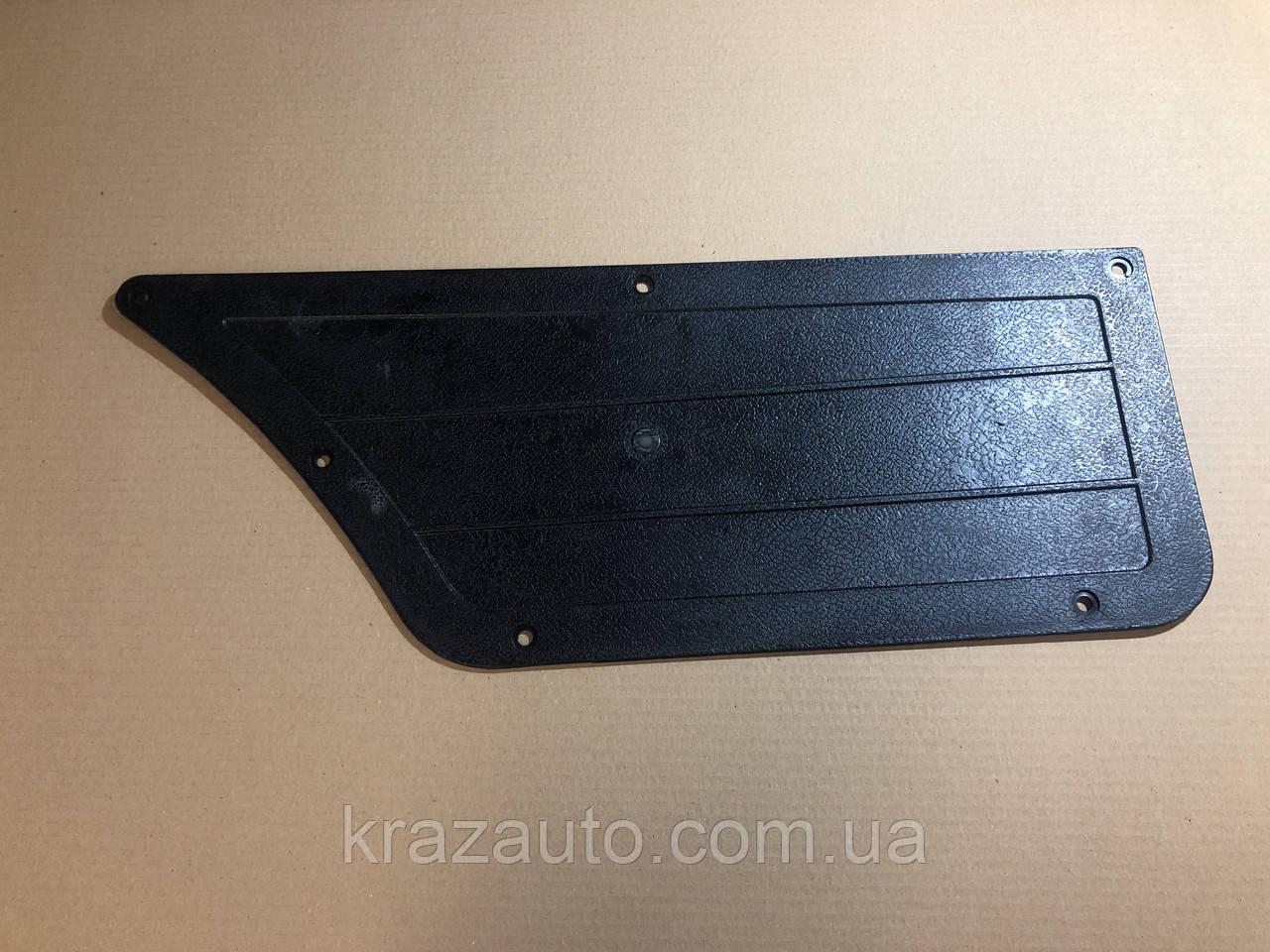 Накладка левая МАЗ 5336-6102021