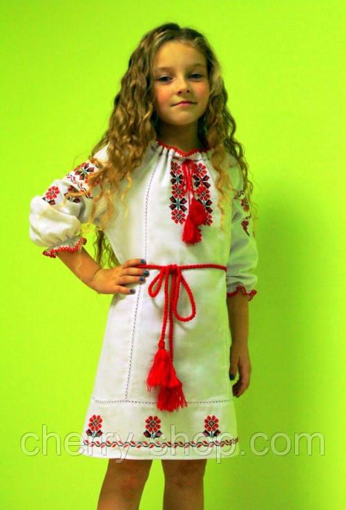 Детское вышитое платье из льна