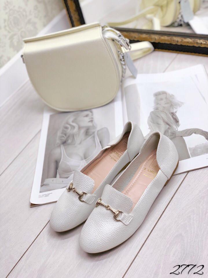 Мокасины  в стиле Hermes белая с отливом натуральная кожа 36 и 38 размеры