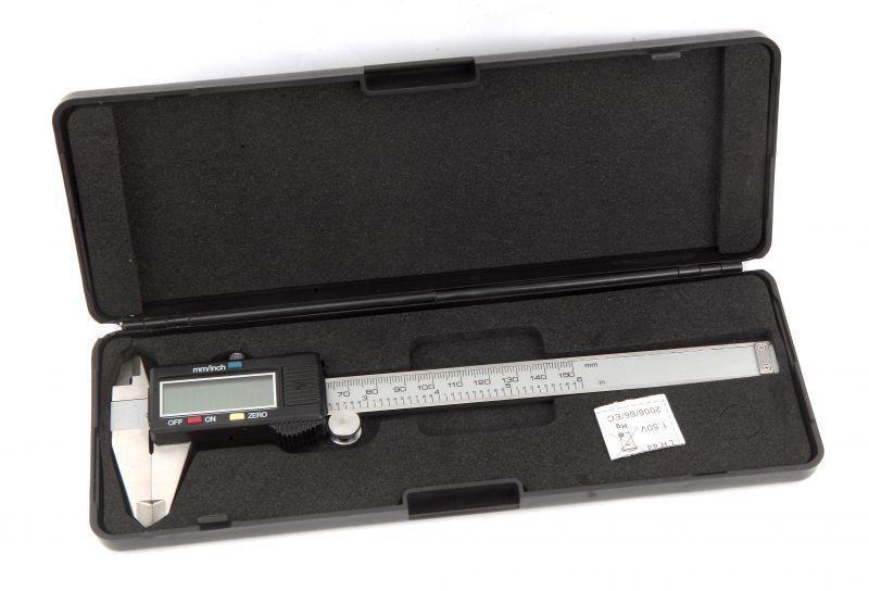 ШтангенциркульDigital Caliper,электронный металлический, 150 mm