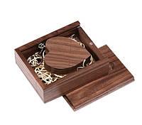 Романтическая деревянная флешка в форме сердца в подарочной коробке 64 Гб