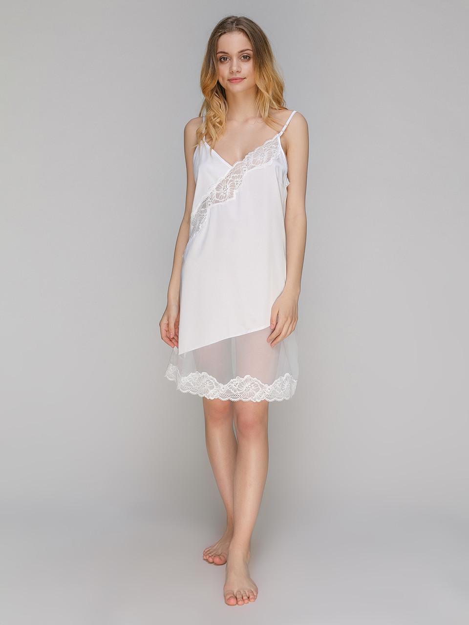 Сорочка Serenade из шелка Армани белая с кружевом
