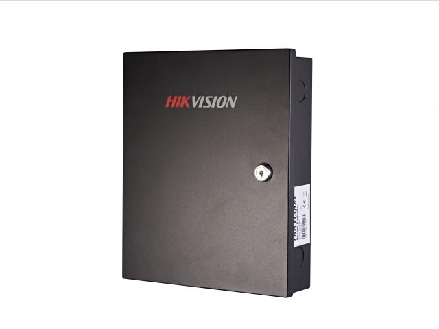 Контроллер для 4-дверей Hikvision DS-K2804