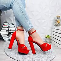 Модные красные  босоножки женские толстый каблук 40 41 размер