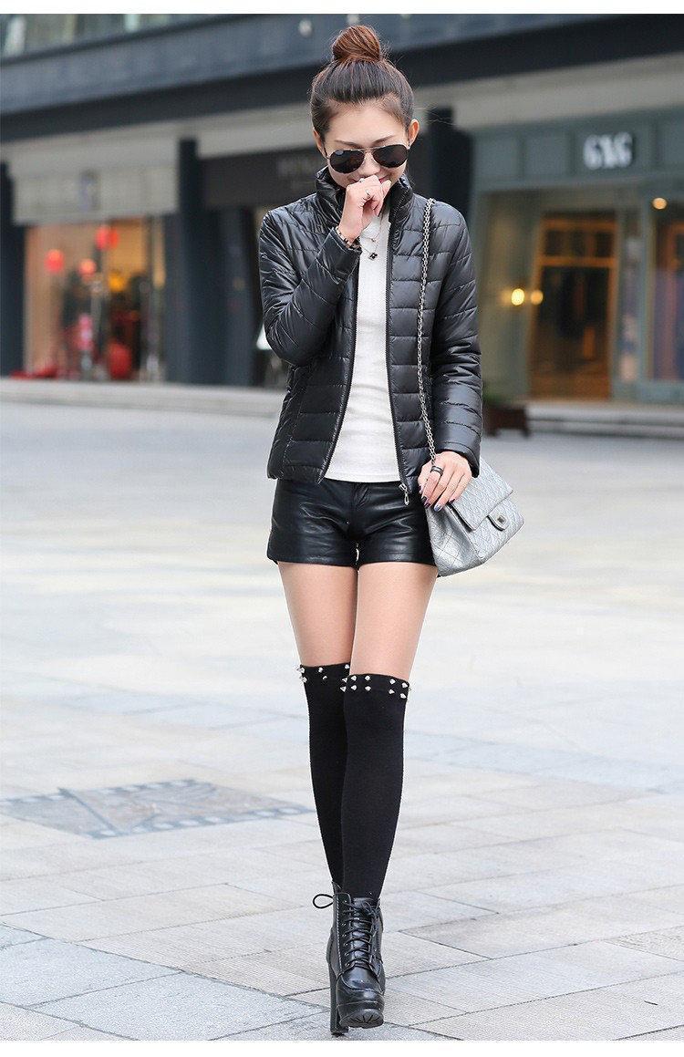 Куртка черного цвета из плащевки