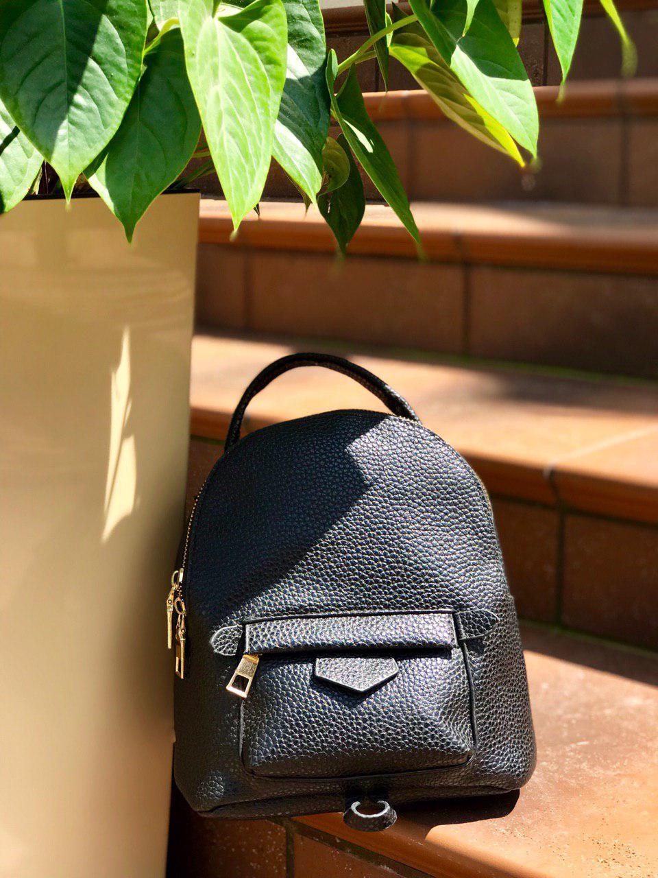Сумка-рюкзак чёрный женский