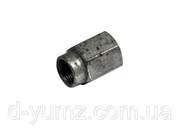 Гайка угольника поворотного МТЗ 240-1104119