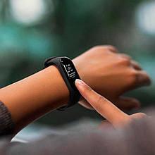 Фитнес-трекер Xiaomi Mi Band 3 Black 12 месяцев гарантия