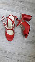 Женские красные босоножки на толстом каблуке из натуральной кожи р.36-40.