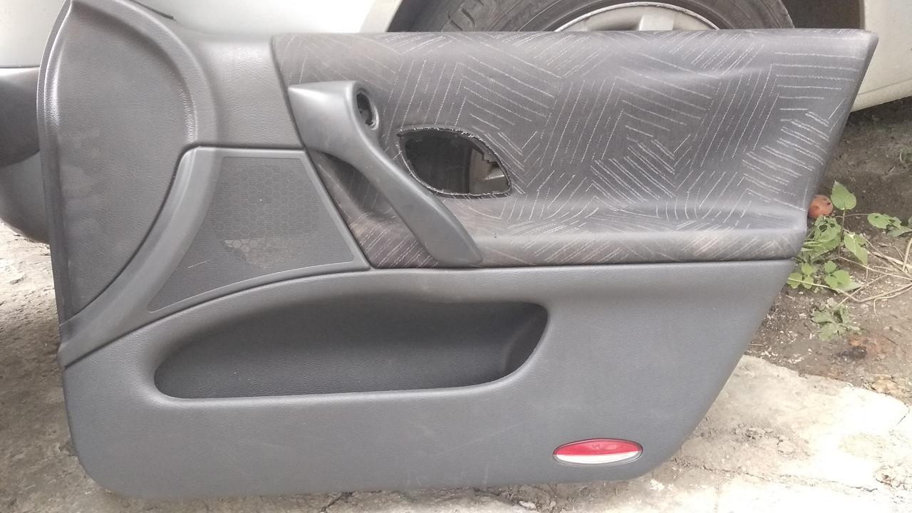 Б/у карта двери правая передняя для Renault Laguna II 2002