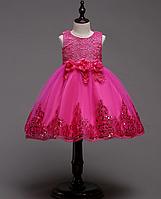Платье малиновое короткое пышное нарядное для девочки