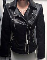 Куртка женская из экокожи размер норма 42-48 чёрного цвета с карманами