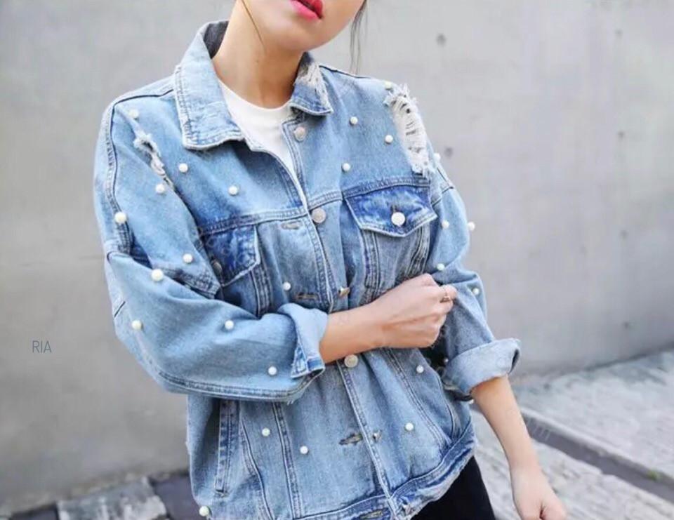 Джинсовая женская куртка оверсайз с бусинами 77kur2102