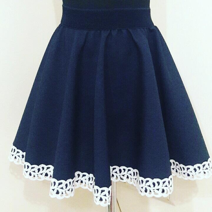 """Красивая школьная  юбочка с белым кружевом """"отличница"""" для девочки 6-10 лет"""