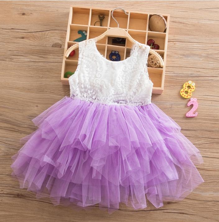 Платье сиреневое короткое летнее нарядное для девочки