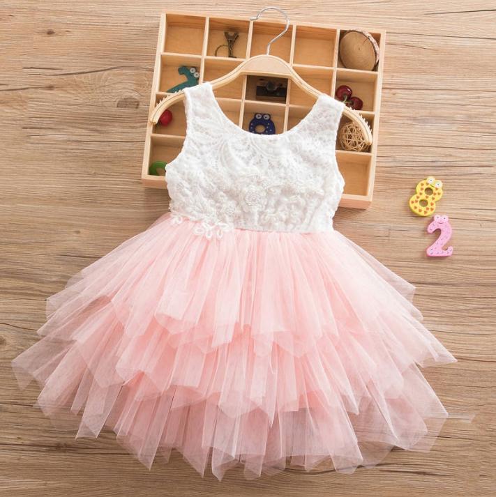 Платье персиковое короткое летнее нарядное для девочки