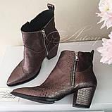 Женские модные ботинки казачки  из питона, фото 4