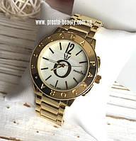 Женские часы Pandora золотые циферблат цвета перламутр без камней с логотипом
