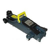 Домкрат Vitol гидравлический подкатной 2 т. (чемод.) Макс. подъм 340 мм. с низким подкатом N 42180