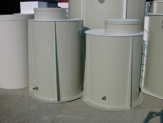 Полипропиленовые сепараторы жира 3 - 15 л/с
