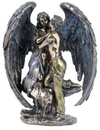 """Настольная статуэтка """"Объятия Ангела"""" из полистоуна,размер 19см Veronese"""