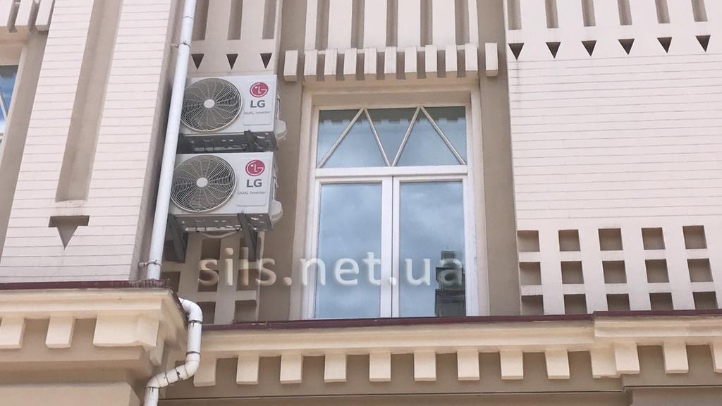 Установка кондиционера LG PC09SQ серии Standart Plus в Киеве
