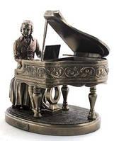 Настольная статуэтка Вольфганг Амадей Моцарт за роялем из полистоуна с бронзовым напылением Veronese