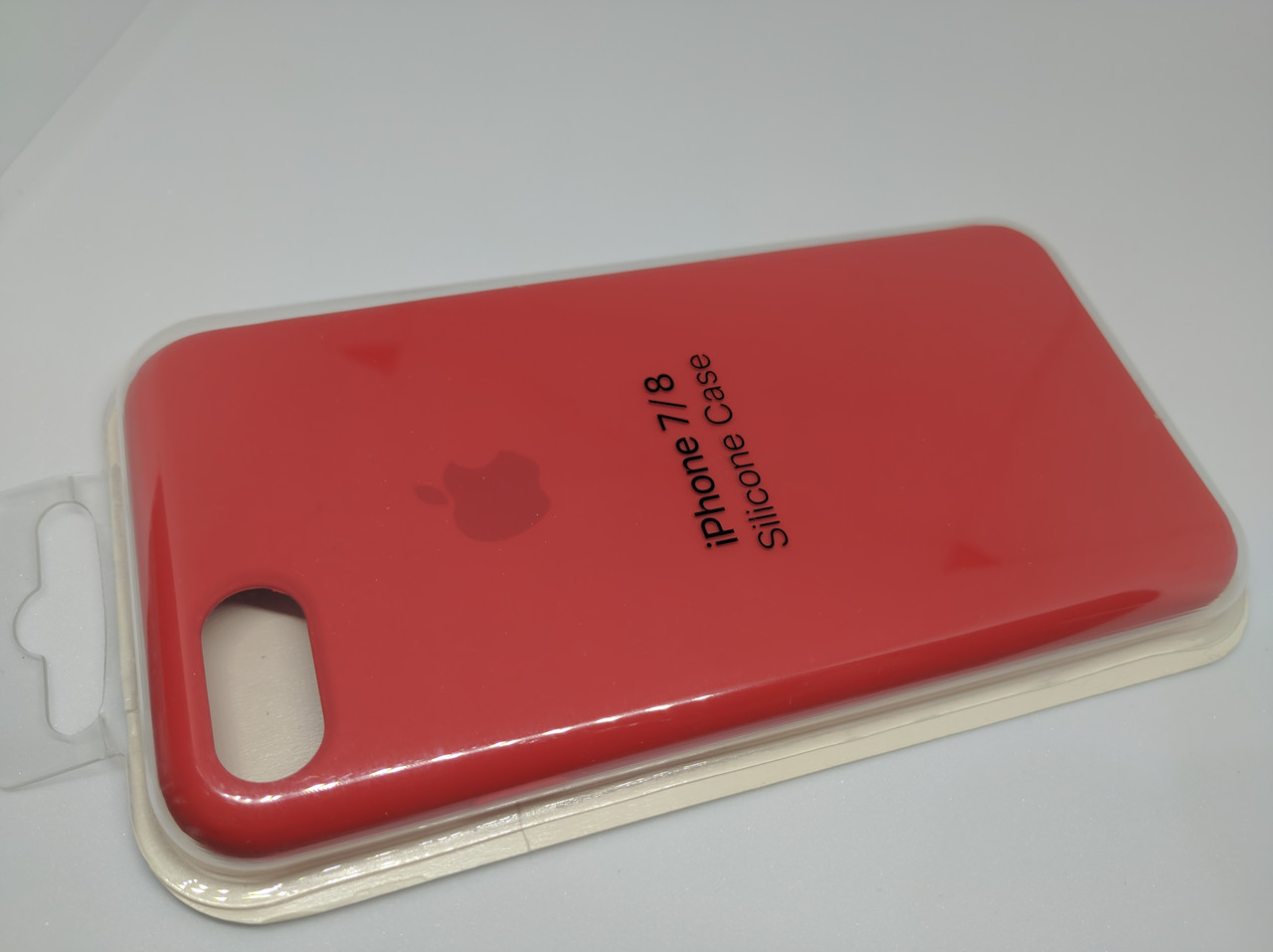 Силиконовый чехол накладка с оригинальным логотипом Apple Silicone Case для iPhone 7 / 8 Red Красный