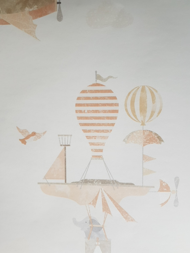 Обои виниловые на флизелиновой основе G.L.Design 23231 COLOURFUL детские на белом фоне самолеты дерижабли