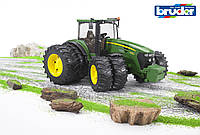 Игрушка Bruder трактор John Deere 7930 с двойными колёсами (03052)