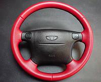 Б/у руль с ланоса красного цвета