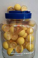 Попрыгунчики средние лимон