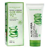 Пенка для умывания BioAqua Aloe Vera 92% foam cleanser в примятой упаковке
