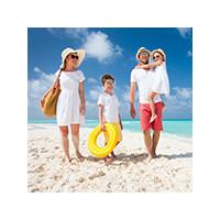 Обеспечить безопасность ребенка на пляже, фото
