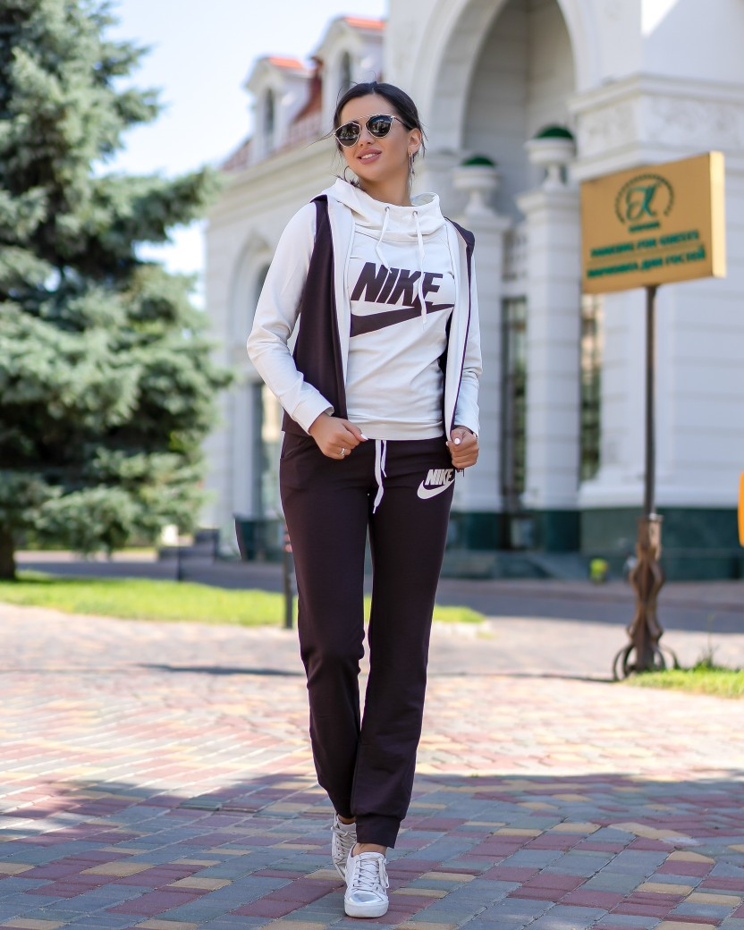 Костюм женский спортивный 3-ка . 07аг