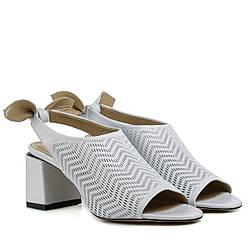 Босоножки женские GUERO (кожаные, стильные, на удобном каблуке)