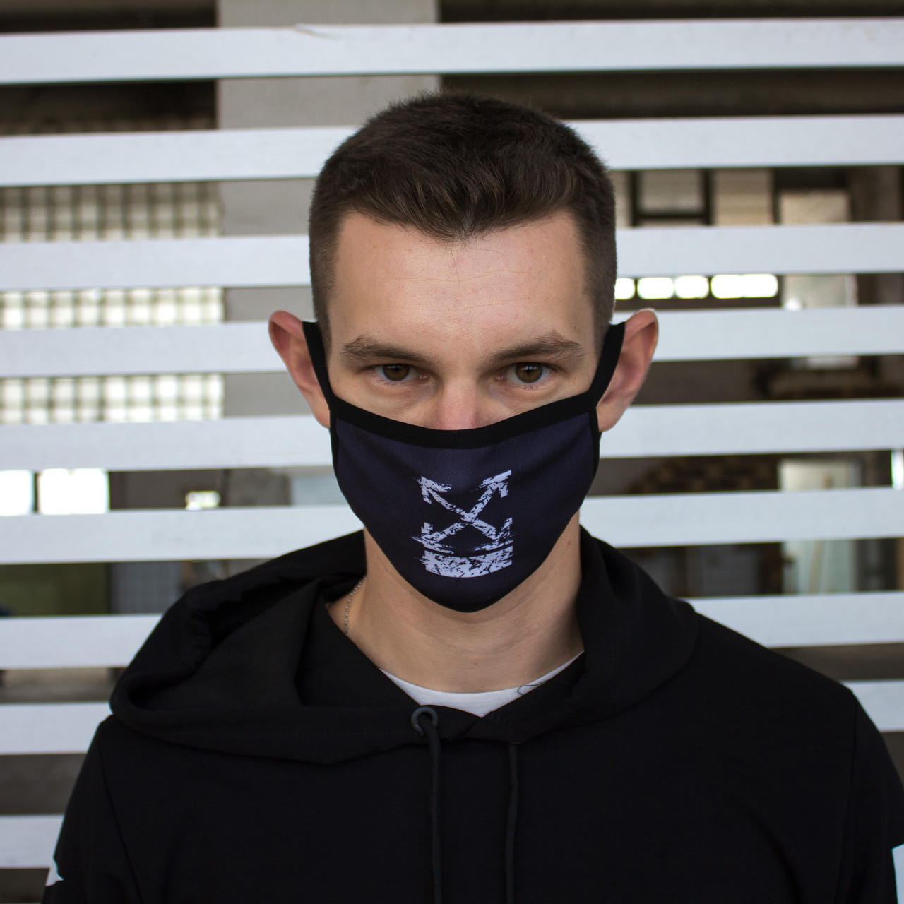 Маска для обличчя чорна з принтом Off-White, фото 1