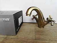 Смеситель для умывальника бронза Retro 161, фото 1
