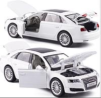 Машинка коллекционная Audi А8 белая 1:32