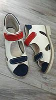 Ортопедические босоножки белые из натуральной кожи с красной и синей замшевыми пряжками р.20-35.