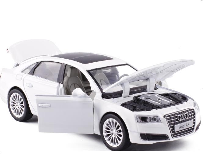 Коллекционная машинка Audi А8 белая металлическая модель в масштабе 1:32