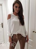 Шифоновая легкая женская блуза с открытыми плечами  и круглым вырезом белая