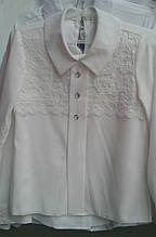 Оригинальная школьная блузка с белым кружевом р.116-146