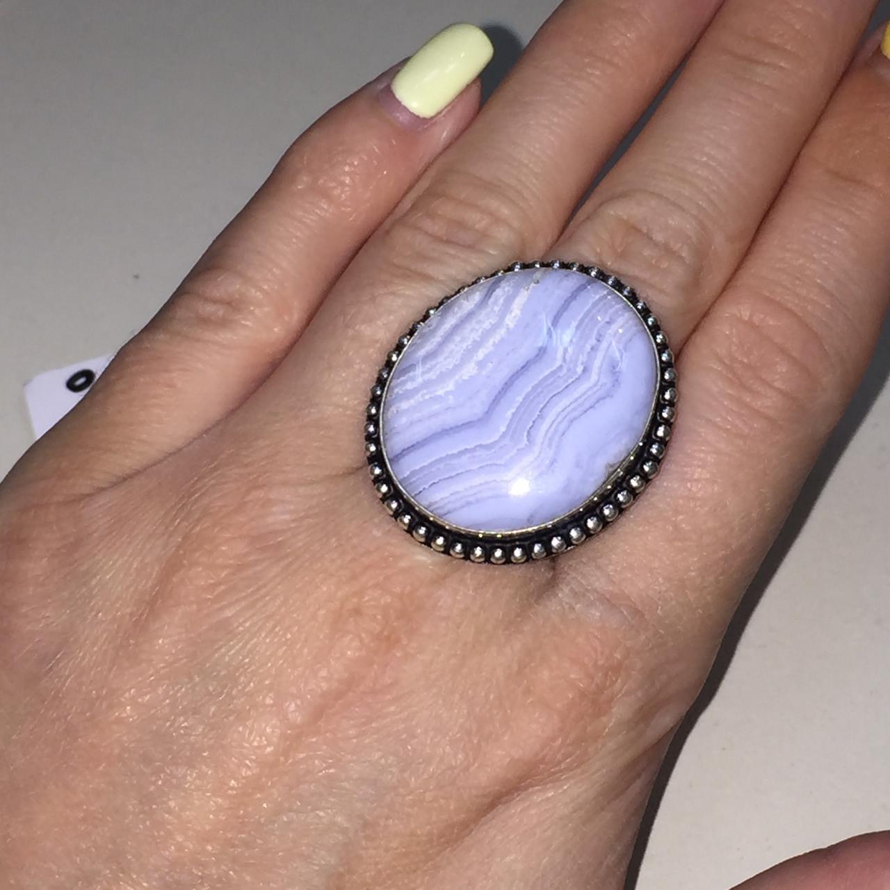 Сапфирин красивое круглое кольцо с камнем голубой агат сапфирин в серебре. Кольцо с сапфирином 19 размер Индия