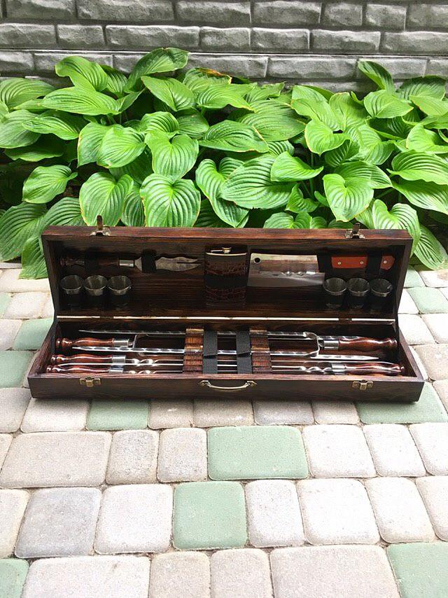 """Набор шампуров """"Волк"""" Gorillas BBQ в деревянной коробке"""