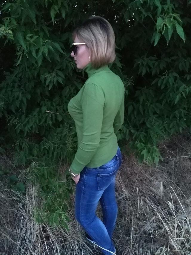 фото жіночий гольф