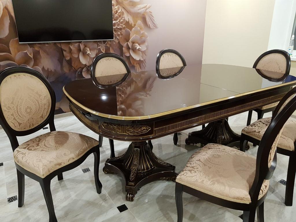 """Обеденный деревянный стол  №21 и стулья """"Лаура""""."""