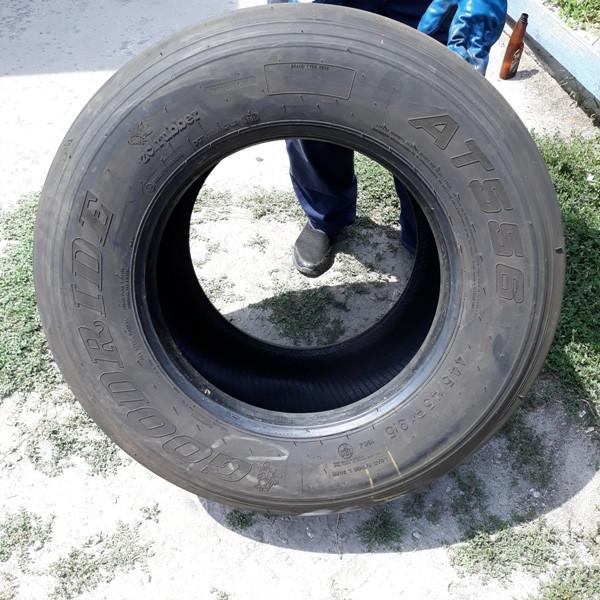 Шины б.у. 445.45.r19.5 Goodride AT556 Гудрид . Резина бу для грузовиков и автобусов